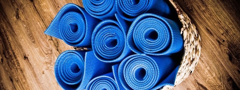 pilates mats slide crop